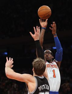 Amar e Stoudemire  1 of the New York Knicks scores two against the San e2e3ff7592