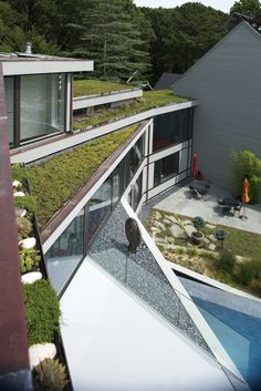 Sayres House & Hanging Gardens,Courtesy of Maziar Behrooz Architecture