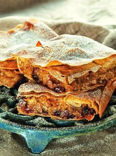 Νηστίσιμα γλυκά Archives - Page 7 of 9 - www. Greek Desserts, Greek Recipes, Lunch Recipes, Breakfast Recipes, Dessert Recipes, Pumpkin Recipes, Fall Recipes, Mumbai Street Food, Sweets Cake