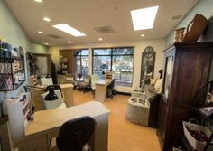 Move in now and get started fast!  Signature Salon studios offers an exclusive collection of independently operated salon studios for the established beauty professional. Having your own salon or spa has never been easier. Amenities - Signature Salon Studios | Become a Boutique Salon Owner Today - http://bit.ly/2rqyT6J