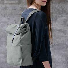 #bag #rucksack Ein schlichter Rucksack der zu (fast) jedem Look passt und viel Stauraum bietet - We like!