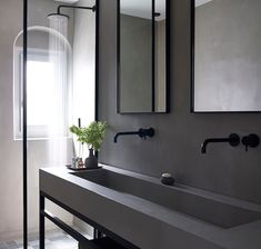 Projeto equipado com torneiras Flow, da Waterevolution, um exclusivo da Padimat Design + Technic Showroom, Bathroom Lighting, Mirror, Wall, Design, Furniture, Home Decor, Construction Materials, Kitchens
