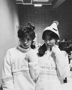 Jeongyeon & Nayeon