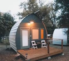 32 Awesome Arched Cabins Interior And Exterior Design Ideas - SearcHomee Quonset Homes, Log Homes, Tiny House Cabin, Tiny House Design, Tiny Houses, Exterior Design, Interior And Exterior, Glamping, Building A Cabin