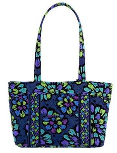 Vera Bradley Lizzy in Indigo Pop - http://handbagscouture.net/brands/vera-bradley/vera-bradley-lizzy-in-indigo-pop/