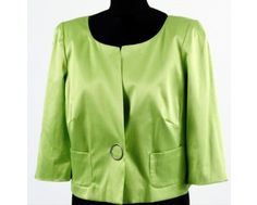 Beautiful lime green colour 3/4 length sleeve jacket. Now at just £50 this easy to wear jacket in sizes 12, 14 and 18 will be perfect to brighten up a black outfit or coordinate with something you already have! www.middletonwood.co.uk to shop now.