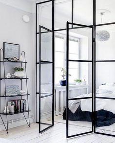 Le Rendez-vous Lifestyle sur Instagram : « Afin de créer et redéfinir des espaces sans perdre en lumière naturelle, optez pour la verrière d'intérieure, élégante et pratique elle… »