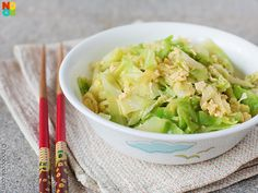 My mum's fast, easy and minimalist recipe for Chinese-style stir-fried cabbage with eggs.