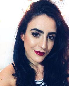 The Power of makeup  Somos 5000 en el canal estoy súper feliz muchas gracias a todos los que comparten conmigo este espacio que tanto amo  Les cuento que este finde festejo mi cumple  se viene mucha joda jajaja ! Este viernes nuevo video