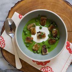 Seared Gnocchi With Peas And Goat Cheese Recipe sides, nut free, vegetarian, purim, dinner, italian with 10 ingredients Recommended by 1 users.