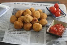 Croquetas de carabineros Canapes, Hot Dogs, Appetizers, Food And Drink, Snacks, Cooking, Ethnic Recipes, Quiches, Fat
