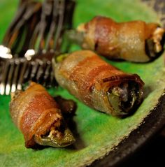 Twirl and Taste: Old Hickey Jalapenos - Stuffed with Cheese and Smoked Meat Spicy Recipes, Raw Food Recipes, Mexican Food Recipes, Yummy Appetizers, Appetizer Recipes, Buffalo Recipe, Easy Party Food, Smoking Recipes, Smoking Meat