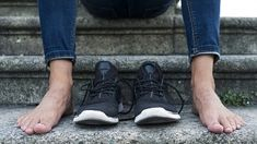 cz: Bosá chůze a bosoboty mohou i uškodit Best Barefoot Shoes, Barefoot Running Shoes, Going Barefoot, Walking Barefoot, Wool Shoes, Born To Run, Minimalist Shoes, Cross Training Shoes, New Balance Women