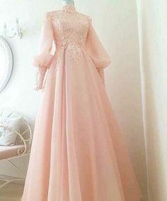 53 super ideas for dress prom hijab wedding gowns Tesettür Ayakkabı Modelleri 2020 Muslimah Wedding Dress, Muslim Wedding Dresses, Muslim Dress, Wedding Gowns, Wedding Hijab, Muslim Fashion, Hijab Fashion, Fashion Dresses, Evening Dresses