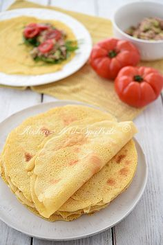 Recipe for vegan chickpea pancakes. Gluten-free, lactose-free, egg-free, vegan pancakes with chickpea flour. These pancakes go best with savory side dishes. Vegan chickpea pancakes Silke Elena Yasmin Ich) silkeelenayasmi Rezepte Recipe for vegan ch Healthy Gluten Free Recipes, Vegetarian Recipes Easy, Baby Food Recipes, Snack Recipes, Healthy Meals For One, Healthy Breakfast Recipes, Easy Meals, Chickpea Pancakes, Vegan Pancakes
