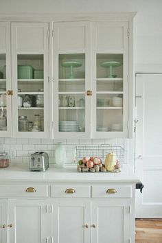 Rustic farmhouse kitchen decor and wood signs. Vintage Kitchen Cabinets, Kitchen Cabinets For Sale, Glass Kitchen Cabinets, Kitchen Cabinet Styles, China Cabinets, Buy Kitchen, Room Kitchen, Kitchen Dining, Kitchen Appliances