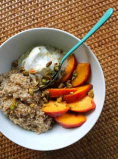 Peaches & Cream Steel Cut Oat Bowl --- Made with Greek Yogurt, and topped with Honey, Pistachios, Cinnamon.
