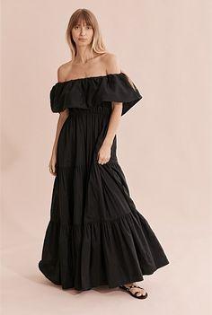 Tiered Maxi Dress Pearl Sandals, Travel Shirts, Shoe Size Conversion, Australian Fashion, Dye T Shirt, Cotton Silk, Gingham, Strapless Dress