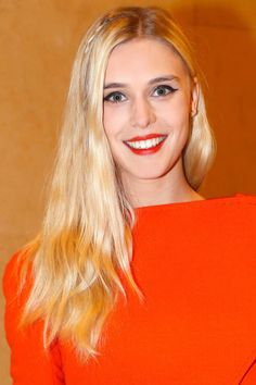 How-to master the perfect daytime cat eye as seen on Gaia Weiss.