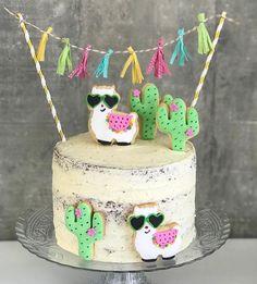 👏🎉🎉👏 TOP 10 2017 Festa Gatinhos fofa por e . Inspire-se e Faça a Festa Llama Birthday, Girl Birthday, Birthday Cake, Cactus Cake, Fiesta Party, Fiesta Cake, Mexican Party, Girl Cakes, Cake Girls