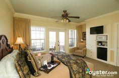 Henderson Park Inn - Our coastline  suite. See beautiful views of the Destin beach!