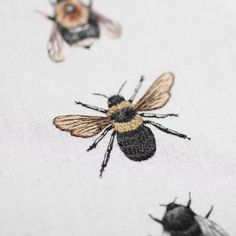 Emillie Ferris #embroidery #bee