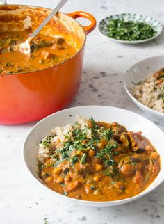 Sweet Potato & Chickpea Stew  -2 Cans Tinned Tomatoes -1 Can Coconut Milk -2 Large Sweet Potatoes -2 Aubergines -1 Bag Spinach -1 Can Chickpeas -4 TBSP Tomato Puree -4 TBSP Apple Cider Vinegar -4 TSP Turmeric -4 TSP Cumin -2 TSP Cayenne Pepper -4 Cloves Garlic -Fresh Coriander -Brown Rice Or Quinoa To Serve