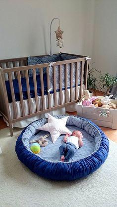 pl kącik malucha, mata do zabawy, poduszka gwiazda, zestaw pościeli, skrzynia na zabawki Quilt Baby, Baby Bedroom, Baby Room Decor, Baby Play, Baby Toys, Eco Bebe, Baby Nest Bed, Baby Bumper, Baby Sewing Projects