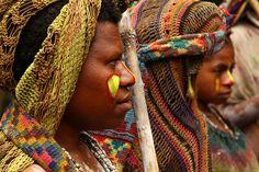 Papua New Guinea / Bodypaint & Bilums.