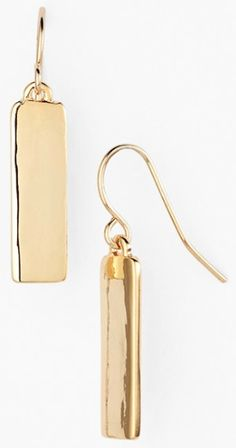 bar drop earrings  http://rstyle.me/n/ntrp6pdpe