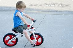 Operation : Learning How To Ride a Bike | Joovy Bicycoo Giveaway Ends 7/9