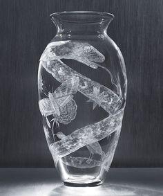 Tattoo Vase, 2007 : Kiki Smith