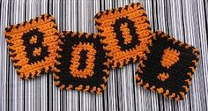 Make these festive Boo! Coasters to use during the Halloween season. This is one free #crochet pattern that the whole family is sure to enjoy. They're great for parties, too.