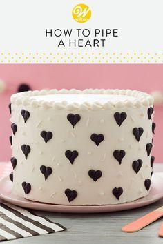 Valentine Desserts, Valentine Cake, Mini Cakes, Cupcake Cakes, Cupcakes, Cake Decorating Tips, Cookie Decorating, Mini Lemon Meringue Pies, Pastry Art
