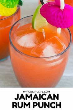 alcohol punch recipes This Jamaican Rum punch is the perfect summer drink. Enjoy the taste of the Caribbean with this authentic rum punch recipe. Alcoholic Fruit Punch, Alcoholic Punch Recipes, Alcohol Drink Recipes, Alcoholic Beverages, Caribbean Rum, Caribbean Recipes, Jamaican Rum Punch Recipes, Punch Recipe For A Crowd, Batch Cocktail Recipe
