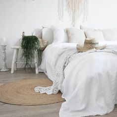 Top 5 Recommended Cheap Bedroom Furniture Sets Under 200 Continue reading at – Home Decoration Cheap Bedroom Furniture Sets, Kids Bedroom Sets, Kitchen Furniture, Furniture Dolly, Cheap Furniture, Discount Furniture, Furniture Ideas, Guest Bedroom Decor, Home Bedroom