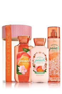 Georgia Peach & Sweet Tea Beautiful Bow Gift Set - Signature Collection - Bath & Body Works