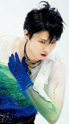 yuzuru hanyu. Love him so much. I have an unhealthy obsession