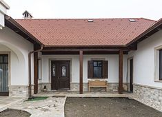 Kültéri kő falburkolatok - Otti Manufactura Garage Doors, Houses, Outdoor Decor, Home Decor, Homes, Decoration Home, Room Decor, Home Interior Design, House