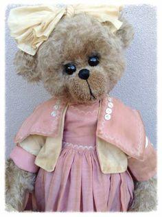 Elizabeth by Shaz Bears