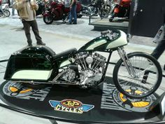 Beautiful custom Panhead at a Long Beach bike show and swap.