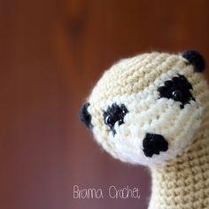 I'm in love!  #bramacrochet #stuffthebody #amigurumi #yarn #crochet #kawaii #あみぐるみ  #etsy #etsyworld #meerkat #animal #suricatasuricatta #inlove #handmade