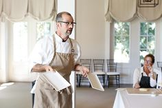 Cooking class: the Kiawah Island Club's popular Chef Bob leads a session at the River Course clubhouse