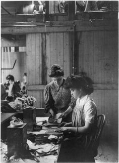 Shoe Factory by Frances Benjamin Johnston