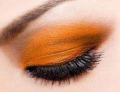 ✝☮✿★ MAKEUP ✝☯★☮ #MakeupTutorialStepByStep Eye Makeup, Hair Makeup, Korean Makeup Look, Orange Eyeshadow, Makeup Tutorial Step By Step, Makeup Photography, Perfect Makeup, Rainbow Hair, Mascara