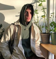 Fashion and streetwear inspiration Mode Streetwear, Streetwear Fashion, Streetwear Clothing, Hommes Grunge, Look Street Style, Street Styles, Outfits Hombre, Vetement Fashion, Herren Outfit