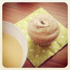 ランチは簡単にマフィンとコーンスープ。豆乳と全粒粉のバナナマフィンはふんわりさっぱりとできました。 - 19件のもぐもぐ - マクロビバナナマフィンと豆乳コーンスープ by fuuring