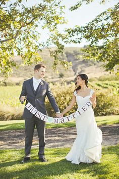 JUST MARRIED! Rustic