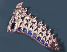 Mellerio Sapphire Tiara, a gift of King Willem III to his wife Queen Emma in 1881. The tiara was delivered to the Dutch Royal House with a second frame for a much smaller setting for using only the top row of 27 diamonds. Both versions are worn today.