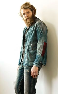 #wornout casual #manoutfit + the #beard <3